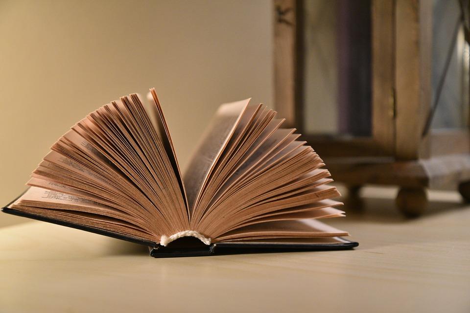 Scuole Superiori: come funzione il rimborso dei libri?