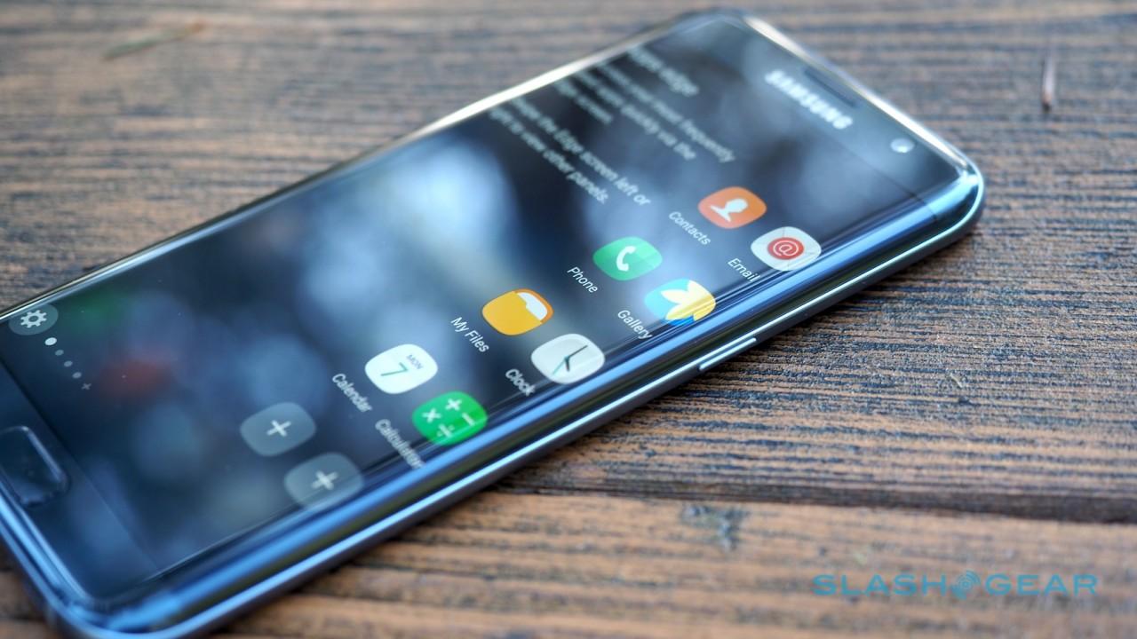 Samsung: lo smartphone pieghevole è più di una voce