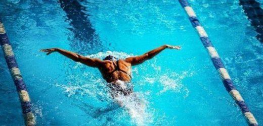 Come cambia il fisico delle donne che fanno nuoto?